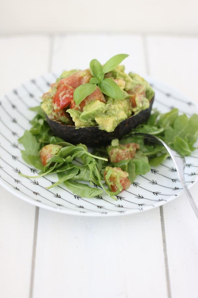 avocado pestosalade